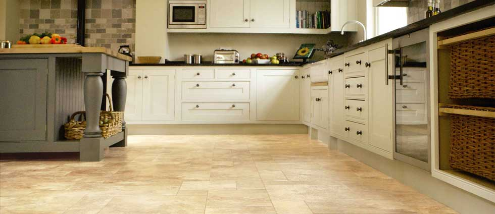 How To Mop Your Kitchen Floor The Right Way St Annes Housekeeping - What to clean kitchen floor with