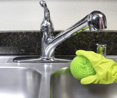 Cleaning Kitchen Sink